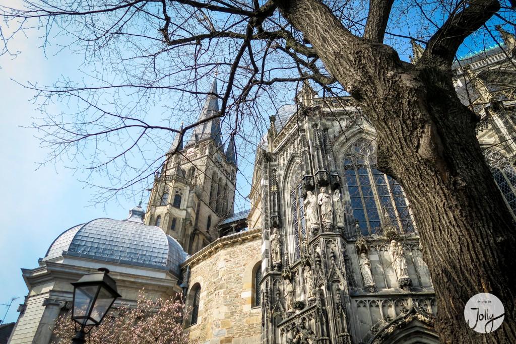 Der Dom in Aachen - 10 Insidertipps in und um Aachen | www.jollyandluke.de